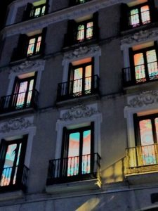 Madrid Quiz: front of Desigual biggest shop in the world, in Callao, by night
