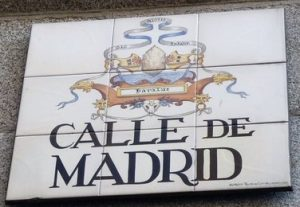 Madrid Letters: Street plaque of Calle de Madrid