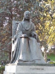 Nuestro juego Madrid Quiz: estatua de Sor Inés de la Cruz